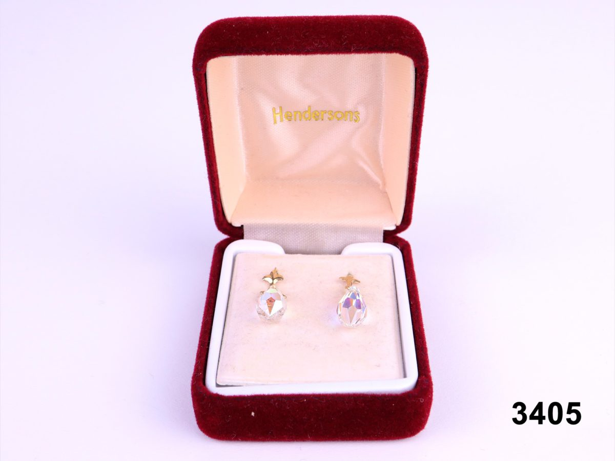 9 carat gold Austrian crystal drop earrings.