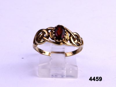 9 carat Gold ring with garnet from Antiques of Kingston