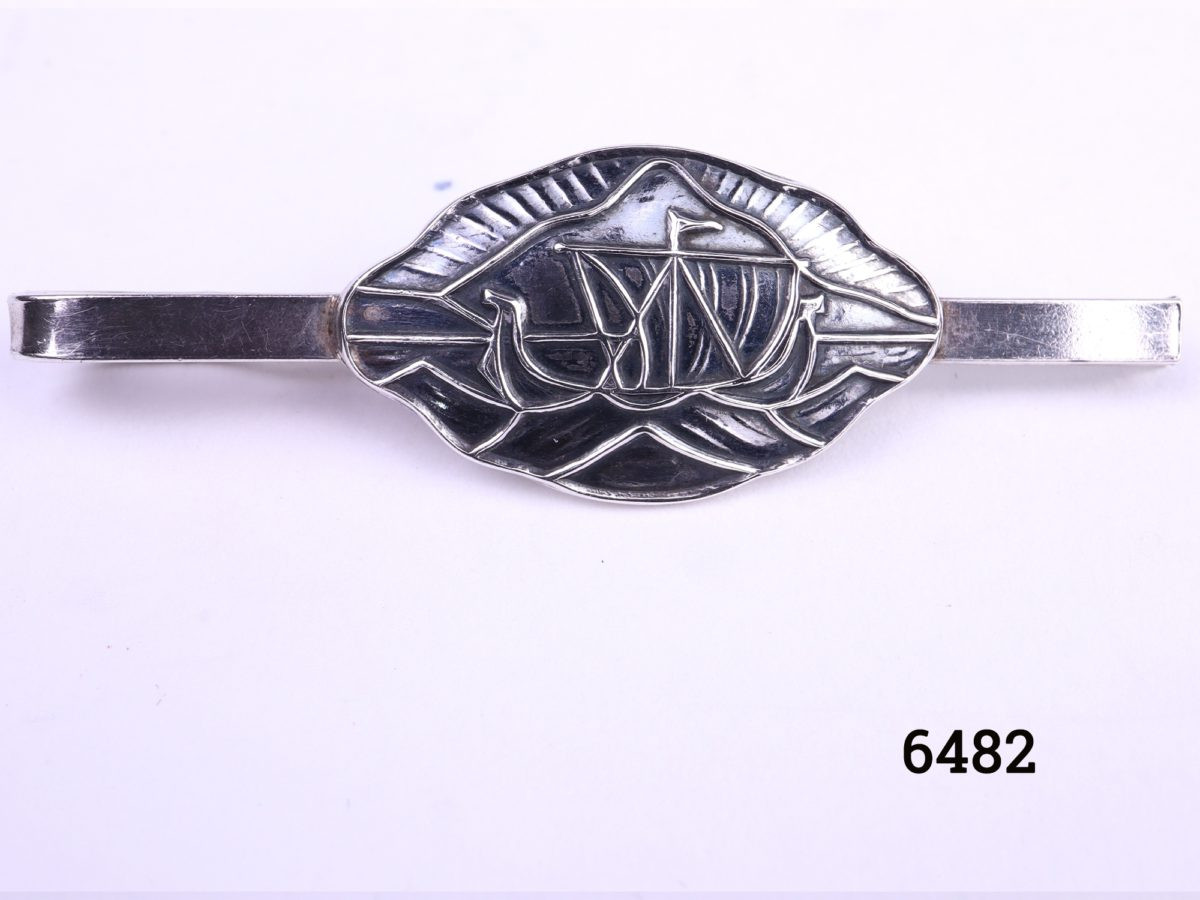 Vintage Norwegian silver tie clip with Viking longship design by Ostrem Hallmarked 830 S OXO Main photo showing front of clip