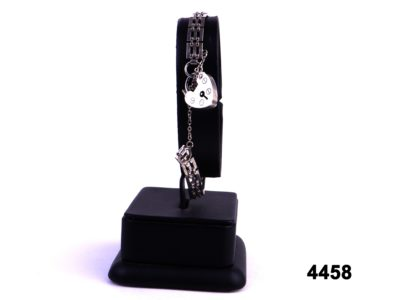 London assayed 925 sterling silver bracelet with heart shaped padlock clasp from antiques of kingston