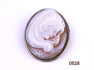 Continental silver cameo brooch which can also be worn as a pendant Hallmarked 800 for continental grade silver Main photo of front of brooch