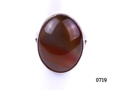 Sterling silver carnelian ring. Fully hallmarked c1974 London assayed. Size L / 5.75. Ring weight 5.2g. Main photo showing ring frontage.